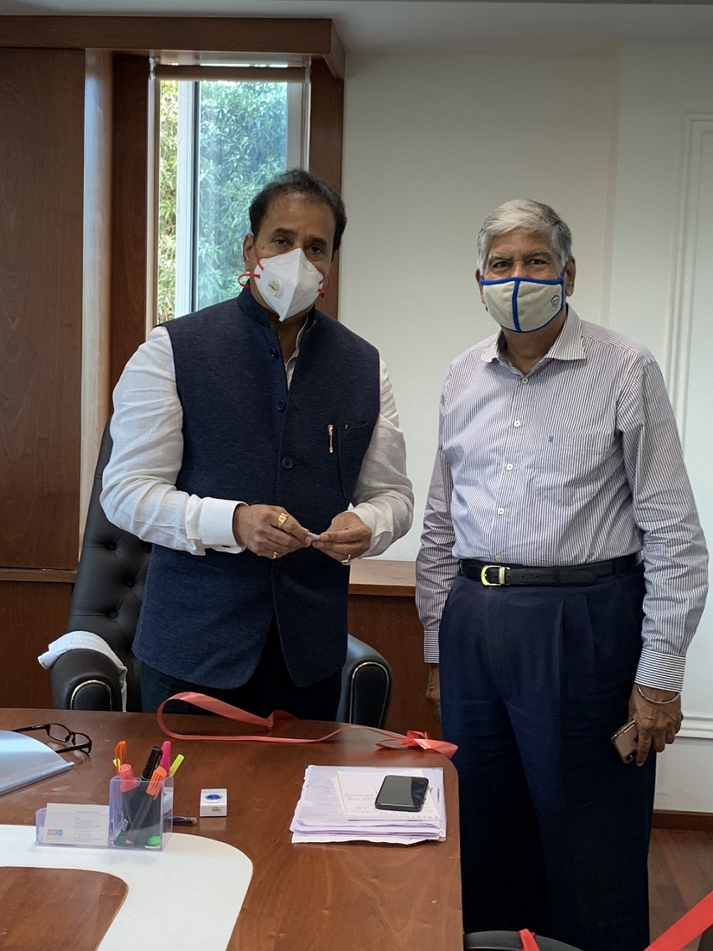Mr.Vijay Kalantri, ,President, All India Association of Industries meets Shri. Anil Deshmukh, Hon'ble Minister of Home Affairs, Government of Maharashtra